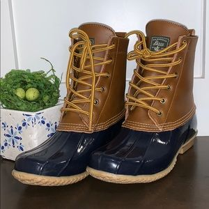 Bass Harlequin Leather Duck Boots
